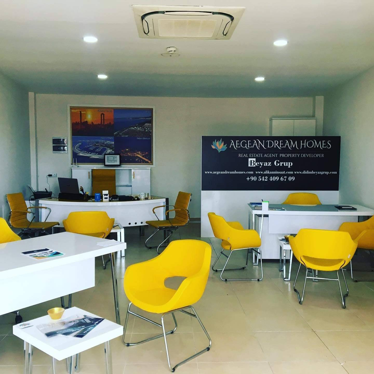 Inside office photo of the Estate Agent and car rental office In Aquasis Hotel Didim